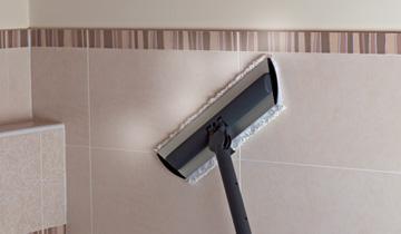 Steam Mop Vaporetto - dettaglio in uso su piastrelle